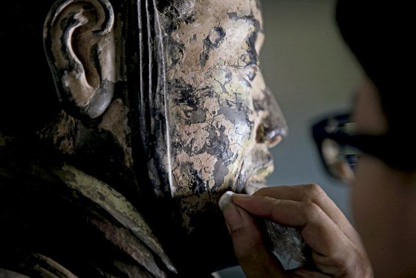 Cultural relic doctors